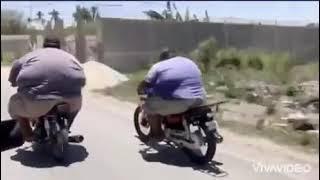 Гонки на мопедах. Два брата гонщики.